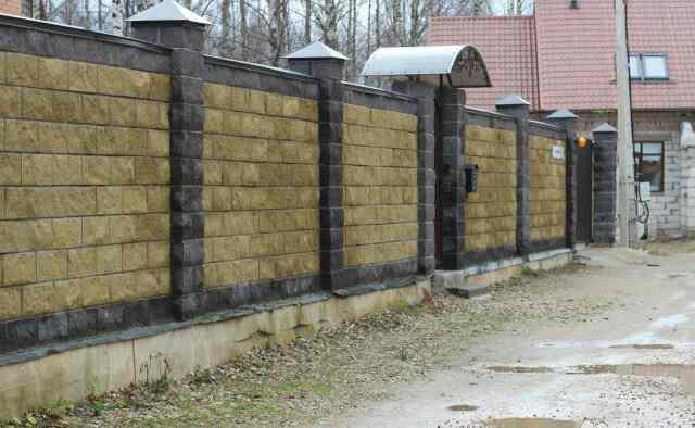 Красивая ограда из пеноблока