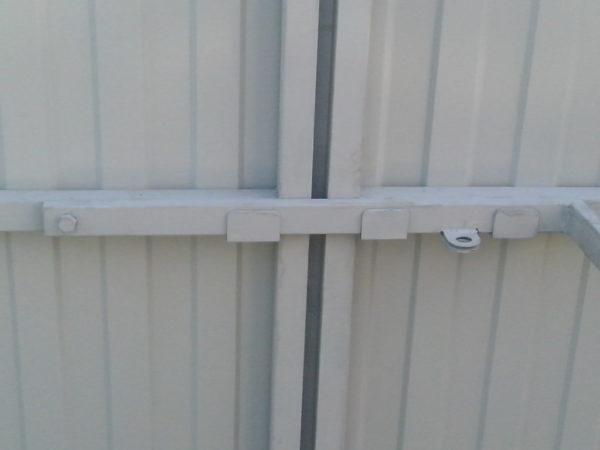 Как сделать засов для ворот своими руками