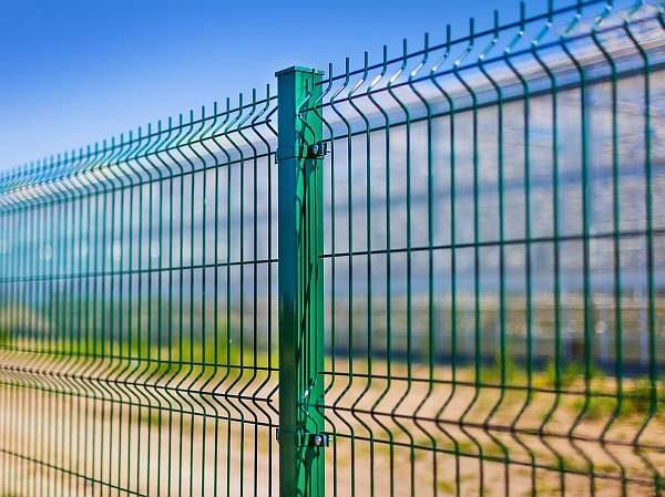 Сварной забор из сетки