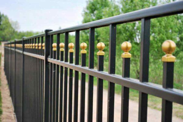 Сварной забор секционный