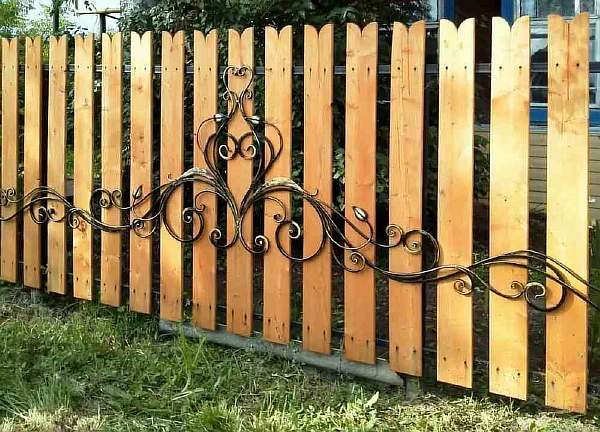 Деревянный забор своими руками