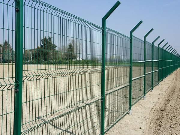 Забор из полимера своими руками