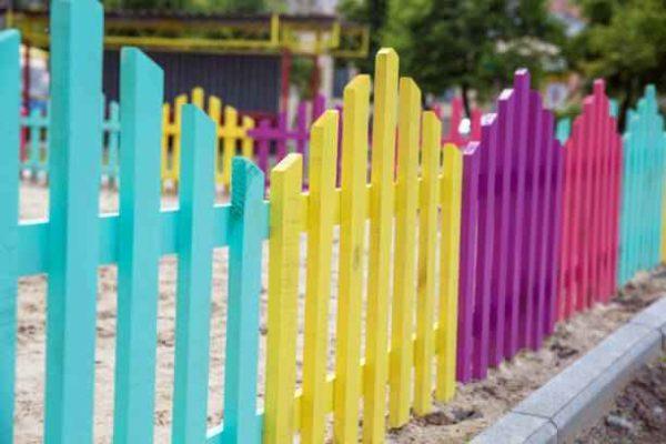 Окраска ограды