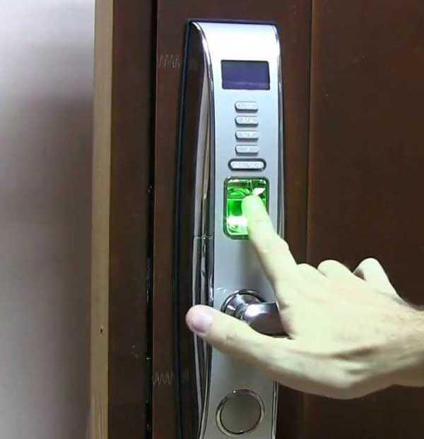 Биометрический электронный замок