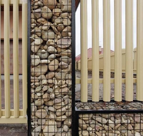 Камень с древесиной