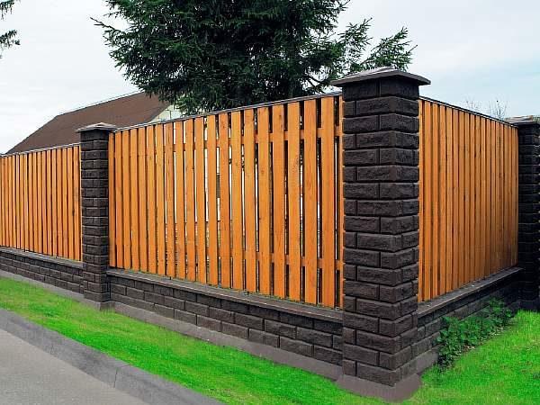 Интересная ограда