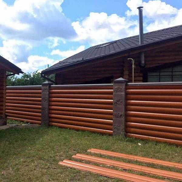 Забор в деревне