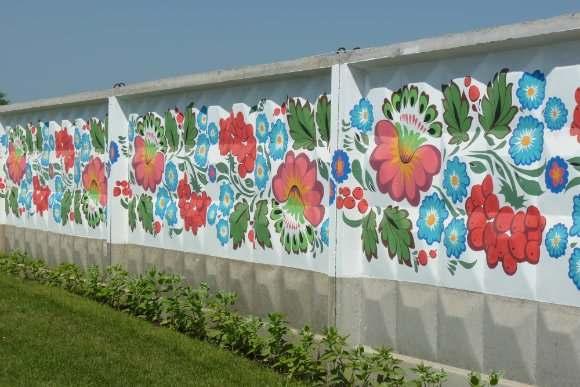 Роспись ограды